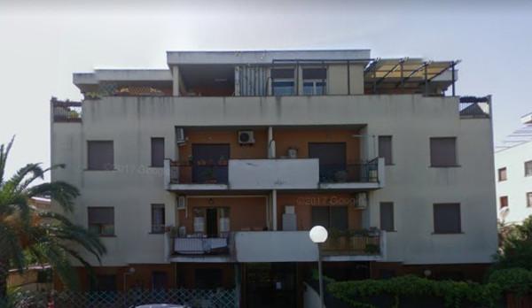 Bilocale Santa Marinella Via Delle Dalie 3