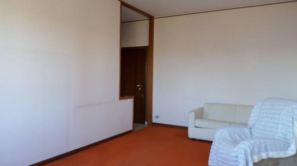 Bilocale Dormelletto Via Riviera 7