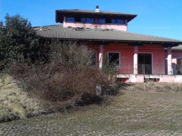 Villa in vendita a Albiano d'Ivrea, 6 locali, prezzo € 130.000 | Cambio Casa.it