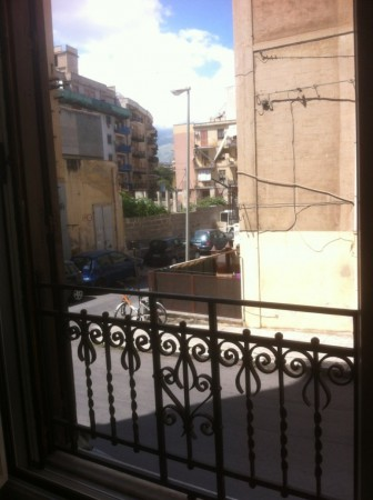 Bilocale Palermo Via Padre Cangemi 3
