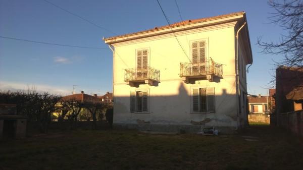 Villa in vendita a Borgo d'Ale, 6 locali, prezzo € 85.000 | Cambio Casa.it