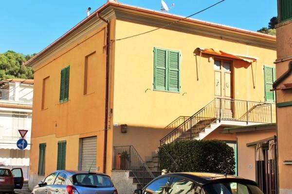 Appartamento in vendita a Castiglione della Pescaia, 5 locali, prezzo € 390.000 | Cambio Casa.it
