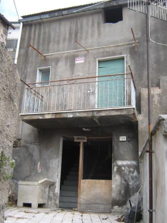 Soluzione Indipendente in vendita a Presenzano, 3 locali, prezzo € 18.000 | Cambio Casa.it