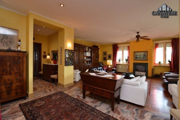 Villa in Vendita a Forno Canavese Periferia: 5 locali, 410 mq