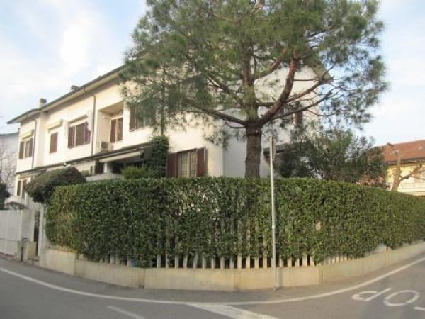 Villa in vendita a Vignate, 4 locali, prezzo € 385.000 | Cambio Casa.it