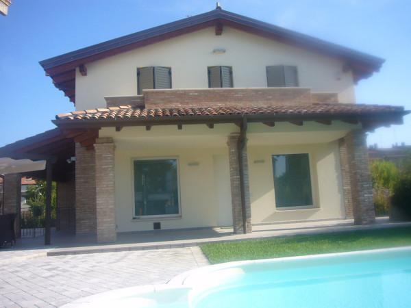Villa in vendita a Castelnuovo Rangone, 4 locali, prezzo € 650.000 | Cambio Casa.it