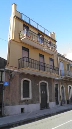 Palazzo / Stabile in vendita a Paternò, 2 locali, prezzo € 129.000 | Cambio Casa.it