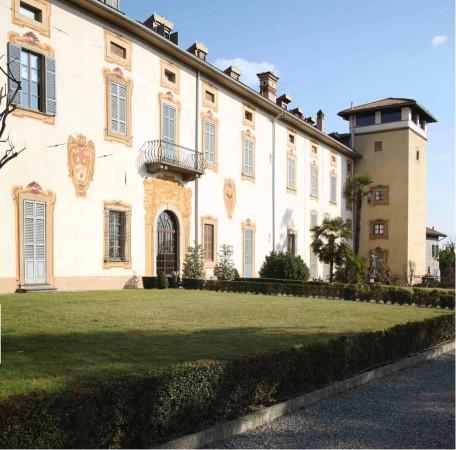 Palazzo / Stabile in Vendita a Cenate Sotto