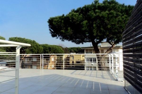 Bilocale Viareggio Via Novara 1