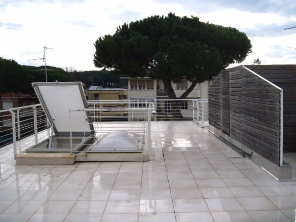Bilocale Viareggio Via Novara 9