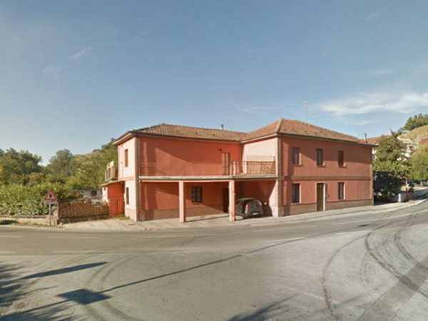 Villa in vendita a Neive, 6 locali, prezzo € 220.000 | Cambio Casa.it