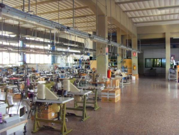 Capannone in vendita a Sansepolcro, 6 locali, prezzo € 2.500.000 | Cambio Casa.it