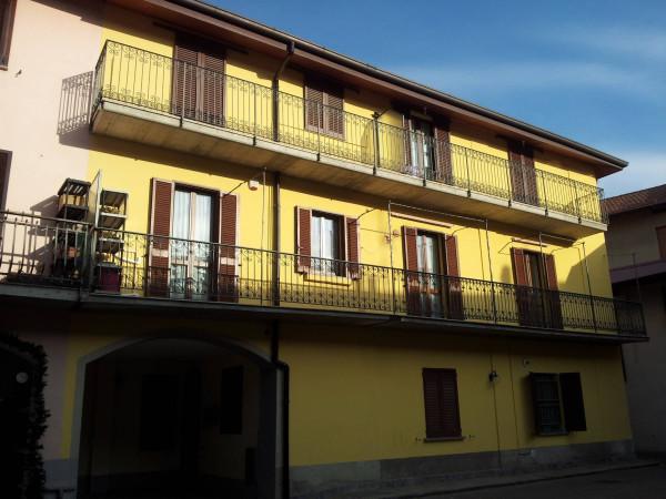 Bilocale Fenegrò Via Roma 2