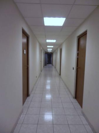 Ufficio / Studio in affitto a Milano, 2 locali, zona Zona: 11 . Barona, Giambellino, Lorenteggio, Famagosta, prezzo € 1.100 | CambioCasa.it