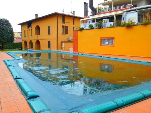 Palazzo / Stabile in Vendita a Sarnico