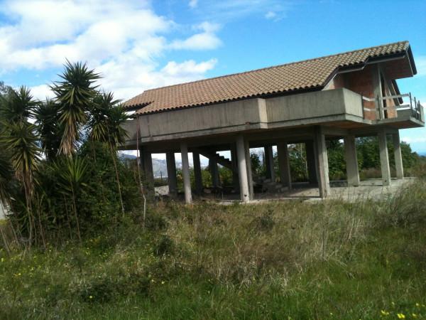 Villa in vendita a Mascali, 5 locali, prezzo € 180.000 | CambioCasa.it