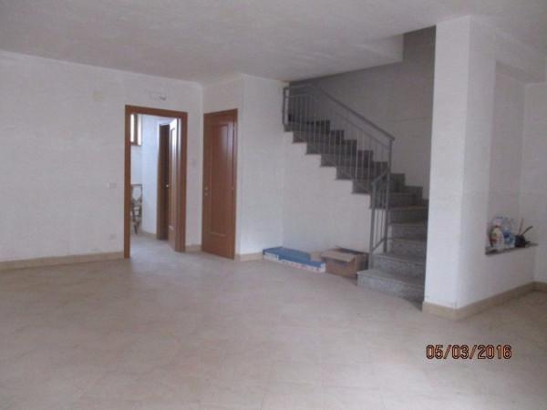 Villa a Schiera in vendita a Fisciano, 5 locali, prezzo € 350.000 | Cambio Casa.it