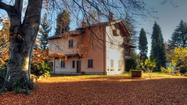 Villa in vendita a Stresa, 6 locali, prezzo € 750.000 | CambioCasa.it