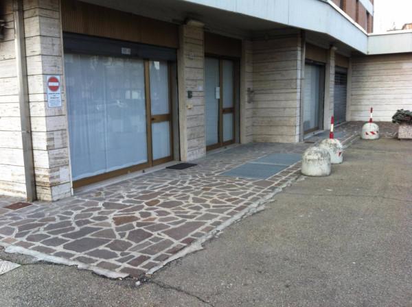 Laboratorio in affitto a Carpi, 2 locali, prezzo € 800   Cambio Casa.it