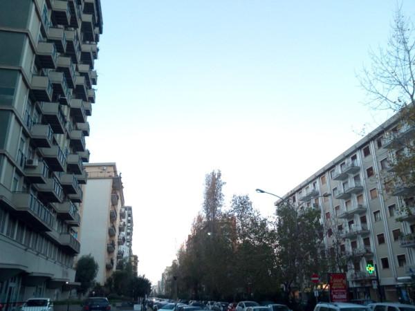 Appartamento in Affitto a Palermo Semicentro: 3 locali, 120 mq