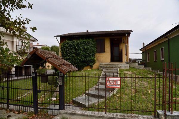 Villa in vendita a Codogno, 4 locali, prezzo € 156.000 | Cambio Casa.it