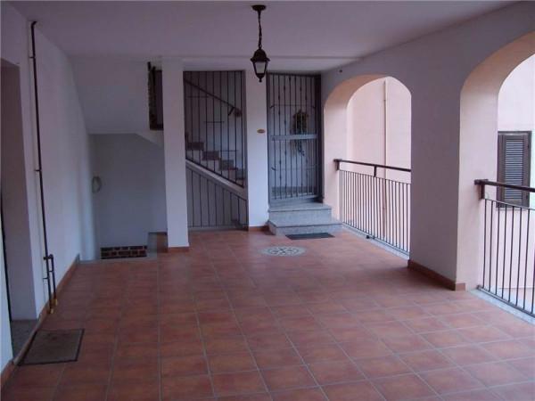 Appartamento in vendita a Gerenzano, 2 locali, prezzo € 95.000 | Cambio Casa.it