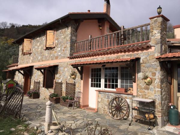 Villa in vendita a Dolceacqua, 6 locali, prezzo € 350.000 | CambioCasa.it