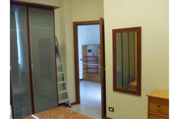 Bilocale Arcore Via Achille Grandi 8