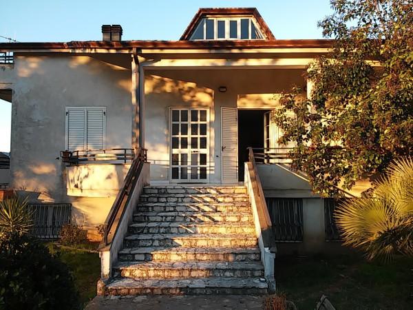 Villa in vendita a Pietramelara, 9999 locali, prezzo € 300.000 | Cambio Casa.it
