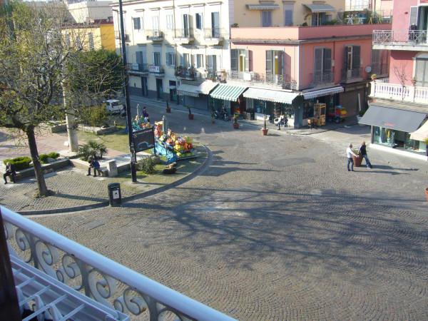 Bilocale Pozzuoli Piazza Della Repubblica 4