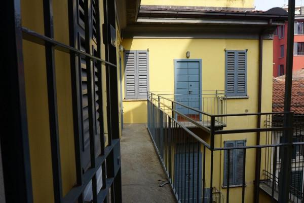 Bilocale Milano Corso Magenta 8