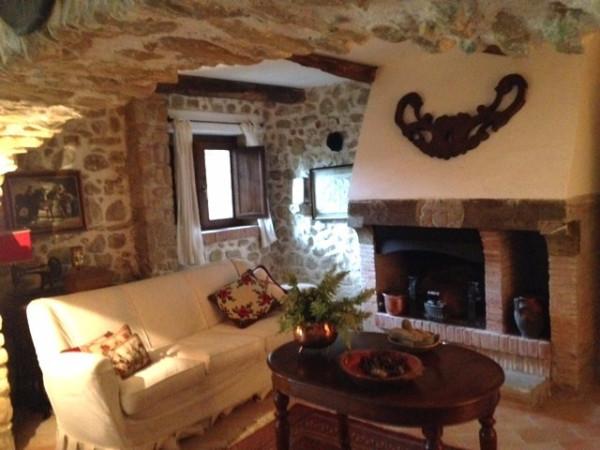 Villa in vendita a San Vincenzo Valle Roveto, 6 locali, prezzo € 320.000 | Cambio Casa.it