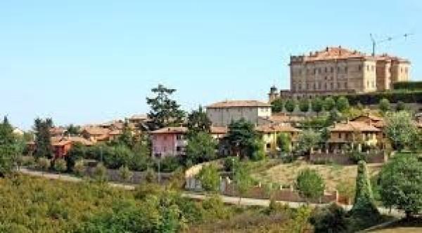 Villa a Schiera in Vendita a Guarene