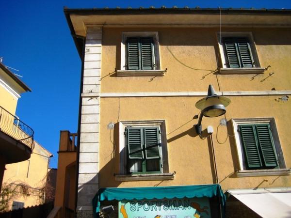 Bilocale Castiglione della Pescaia Piazza Della Repubblica 2