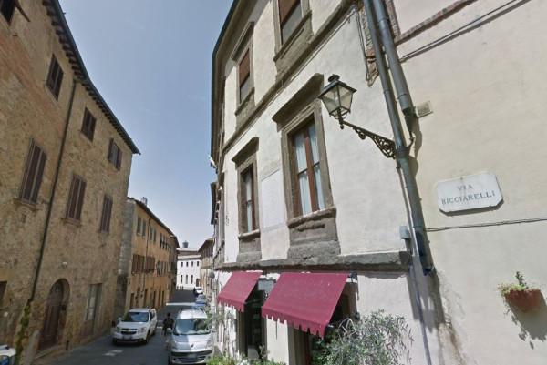 Bilocale Volterra Via San Lino 1