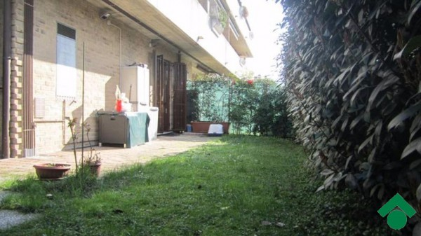 Bilocale Seveso Via Talete 3