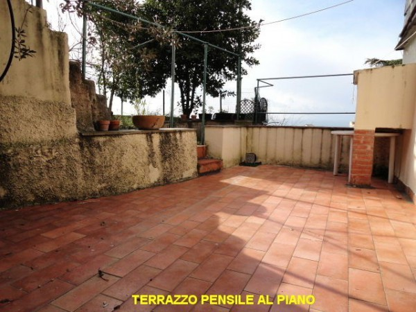 Bilocale Genova Via Angelo Olivieri 1