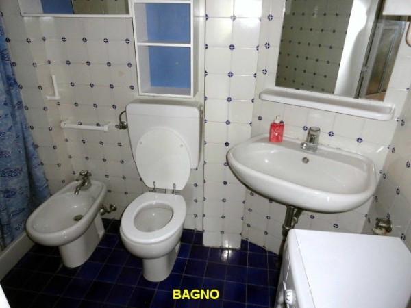 Bilocale Genova Via Angelo Olivieri 9