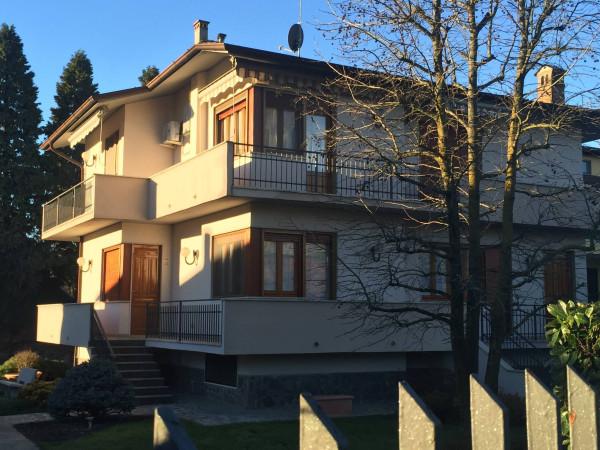 Villa in vendita a San Colombano al Lambro, 6 locali, Trattative riservate | Cambio Casa.it