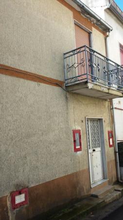 Soluzione Indipendente in vendita a Vairano Patenora, 6 locali, prezzo € 55.000 | CambioCasa.it