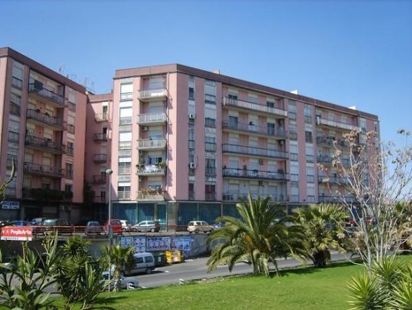 Appartamento in vendita a Paternò, 6 locali, prezzo € 109.000 | CambioCasa.it