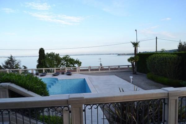 Villa in vendita a Padenghe sul Garda, 6 locali, Trattative riservate | Cambio Casa.it