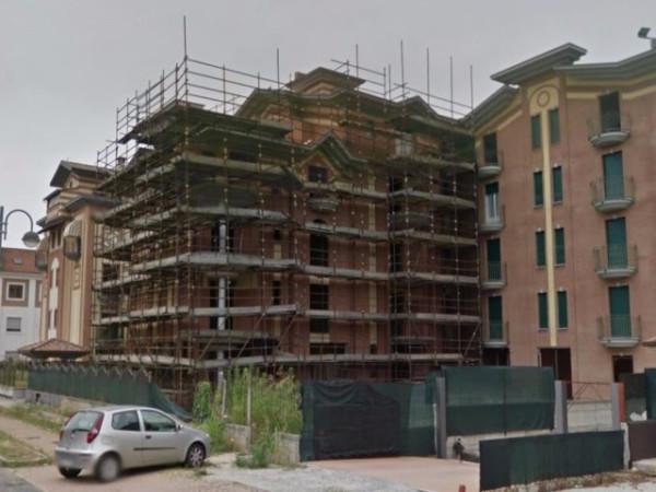 Palazzo / Stabile in Vendita a Orbassano