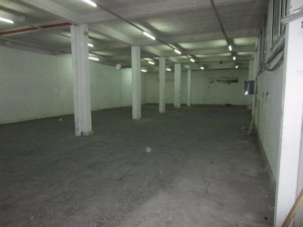 magazzino-deposito Affitto San Sebastiano Al Vesuvio
