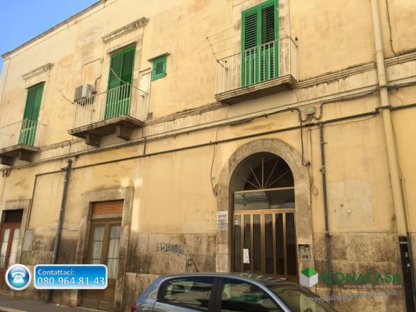 Bilocale Molfetta Via Principe Amedeo 1