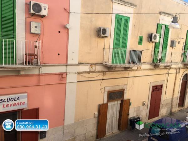Bilocale Molfetta Via Principe Amedeo 2