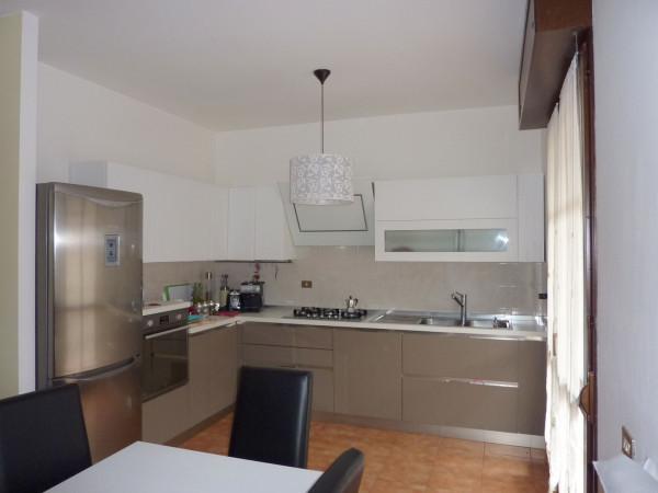 Appartamento in vendita a Bizzarone, 3 locali, prezzo € 150.000 | Cambio Casa.it