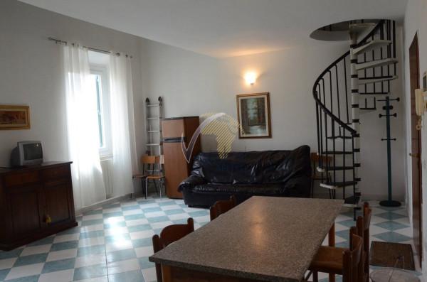 Bilocale Livorno Via Cesare Battisti 1