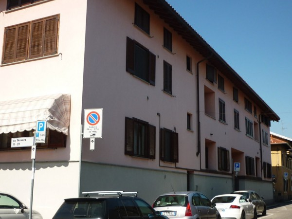 Appartamento in vendita a Lonate Pozzolo, 2 locali, prezzo € 78.000 | Cambio Casa.it