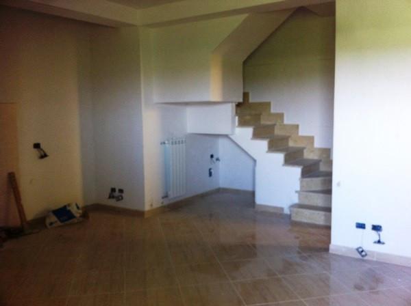 Appartamento in vendita a Fiumicino, 5 locali, prezzo € 190.000   Cambio Casa.it